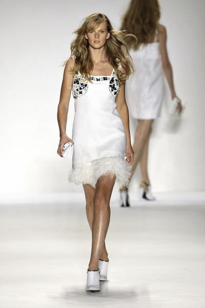 Derercuny at Milan Spring 2009