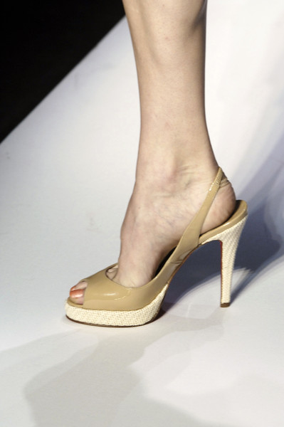 Diane von Furstenberg at New York Spring 2006 (Details)