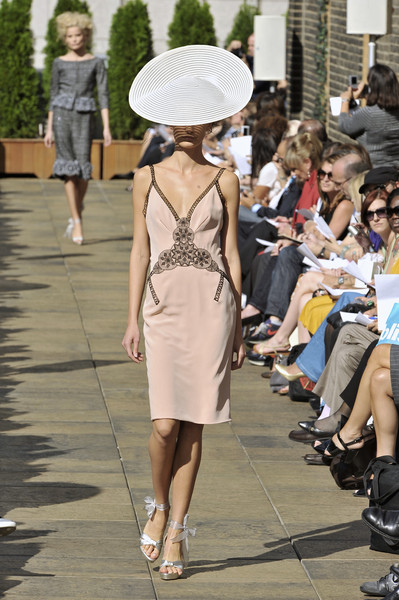 Douglas Hannant at New York Spring 2009