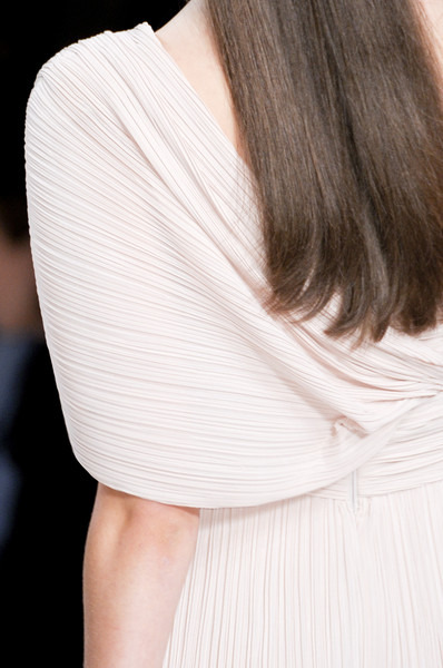 Elie Saab at Paris Spring 2011 (Details)