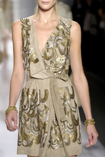 Elie Tahari at New York Spring 2011 (Details)