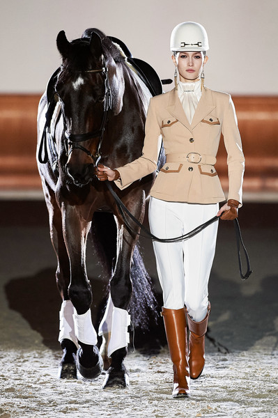 Elisabetta Franchi at Milan Fall 2021 [horse,outerwear,horse tack,working animal,halter,bridle,saddle,horse supplies,bit,mammal,elisabetta franchi,horse,bridle,riding,equestrianism,hunt seat,stallion,horse harness,western,milan fashion week,horse,western riding,rein,equestrianism,stallion,hunt seat,bridle,equestrian riding boot,horse harness]