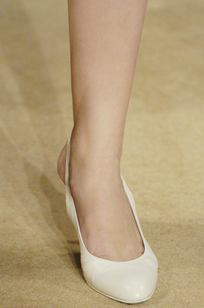 Elspeth Gibson at London Spring 2006 (Details)