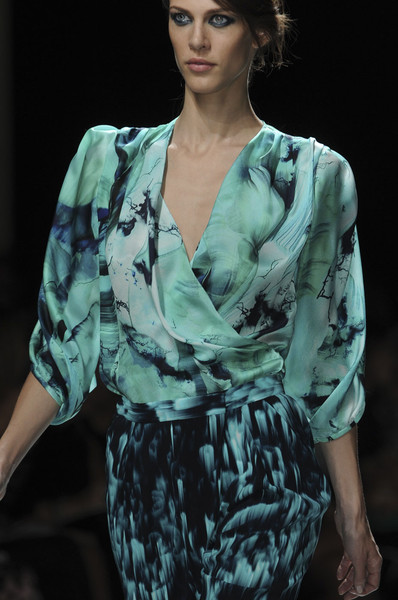 Emanuel Ungaro at Paris Spring 2012 (Details)