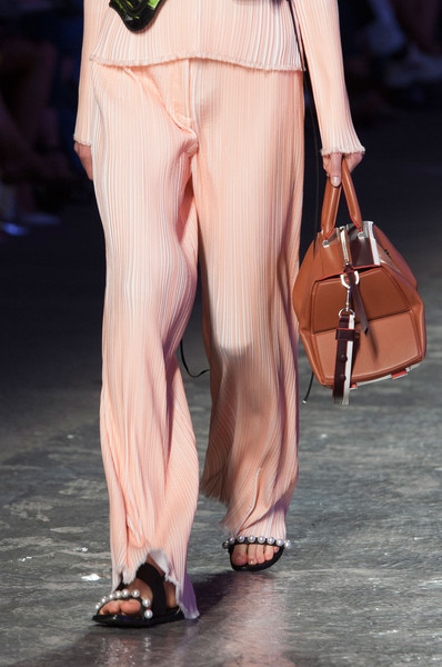Emilio Pucci at Milan Spring 2016 (Details) [clothing,fashion,leg,pink,fashion model,fashion show,runway,footwear,human leg,trousers,jeans,socialite,supermodel,fashion,runway,calf,haute couture,abdomen,milan fashion week,fashion show,runway,fashion show,supermodel,haute couture,fashion,calf,socialite,jeans,abdomen,kbr]