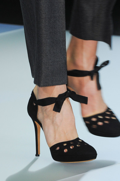 Emporio Armani at Milan Fall 2014 (Details)
