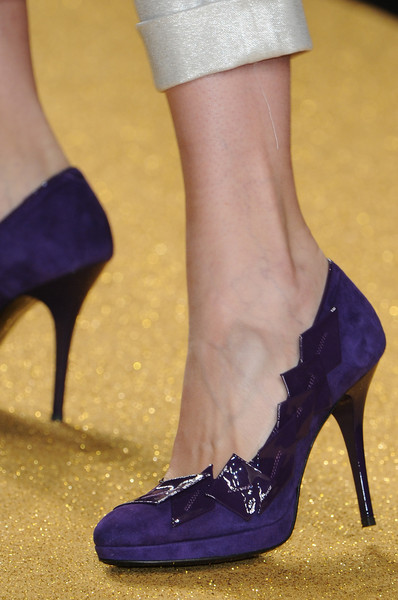 Enrico Coveri at Milan Fall 2010 (Details)