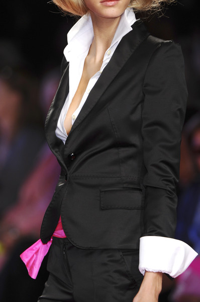 Enrico Coveri at Milan Spring 2009 (Details)