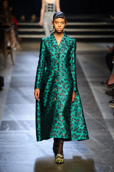 Erdem at London Spring 2018 [fashion model,fashion,runway,fashion show,clothing,fashion design,haute couture,formal wear,outerwear,event,erdem,fashion,runway,fashion week,clothing,london fashion week,fashion show,paris fashion week,milan fashion week,new york fashion week,london fashion week,runway,fashion show,milan fashion week,fashion,paris fashion week,fashion week,new york fashion week,elle,harpers bazaar]
