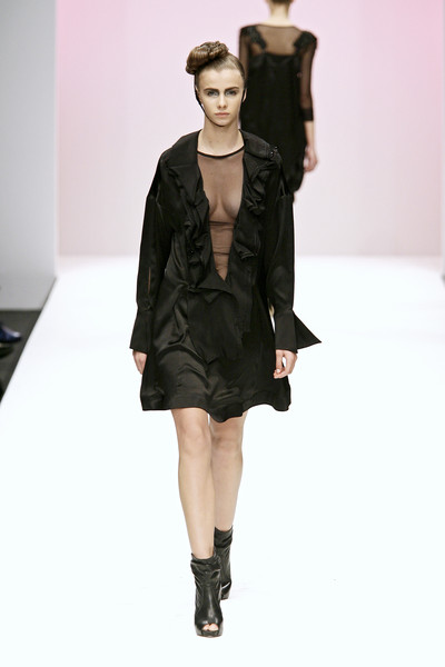 Eun Jeong at London Fall 2009