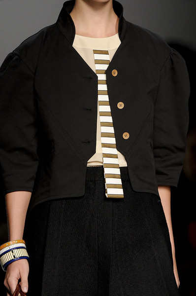 Fendi at Milan Spring 2012 (Details)
