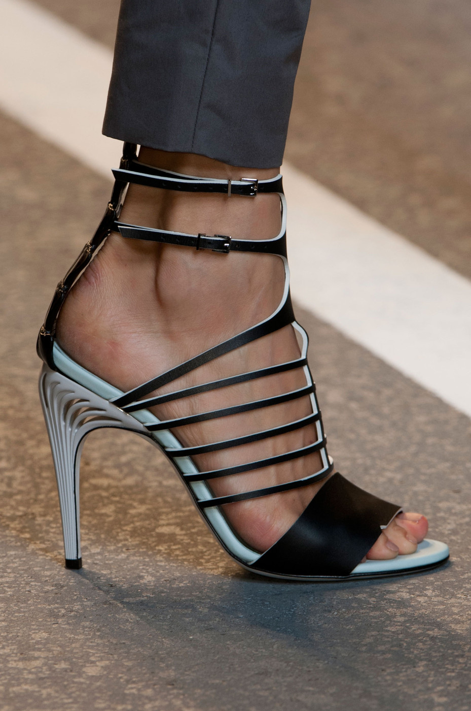 Fendi Spring Summer 2016 Women S Collection: Fendi Spring 2015 Runway Pictures