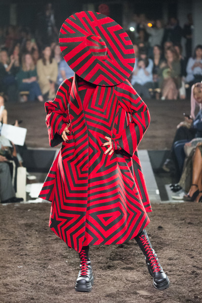 Gareth Pugh at London Spring 2019 [red,fashion,joint,outerwear,headgear,textile,tradition,street fashion,style,fashion design,outerwear,gareth pugh,fashion,fashion week,spring,runway,street fashion,london,london fashion week,fashion show,london fashion week,fashion,fashion week,fashion show,runway,london,spring,ready-to-wear,summer,designer]