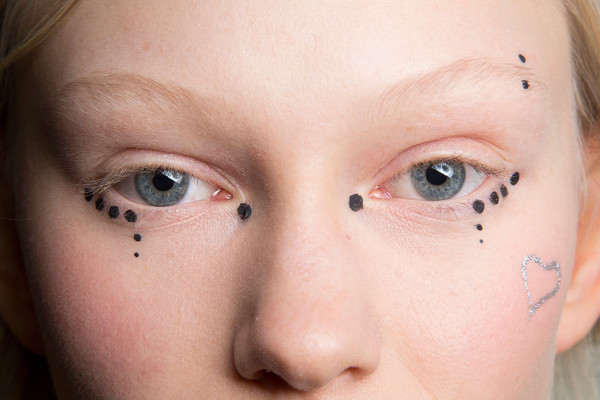 Beauty Trend to Try: Graphic Eye Tattoos