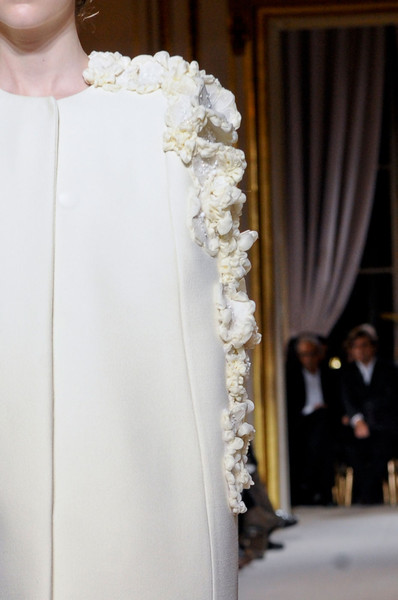 Giambattista Valli at Couture Spring 2012 (Details)