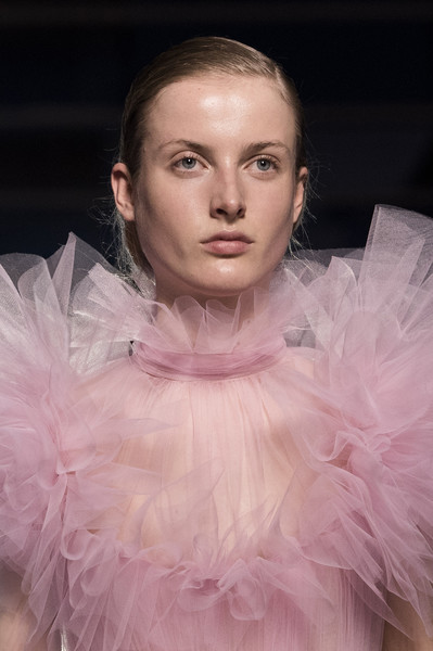 Giambattista Valli at Couture Spring 2019 (Details)