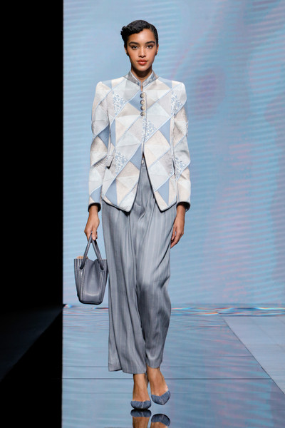Giorgio Armani at Milan Spring 2021 [fashion model,fashion,clothing,runway,suit,fashion show,formal wear,fashion design,outerwear,blazer,fashion,fashion week,runway,wear,suit,moschino,fashion design,giorgio armani,milan fashion week,fashion show,milan fashion week,armani,fashion show,fashion,ready-to-wear,fashion week,runway,moschino]