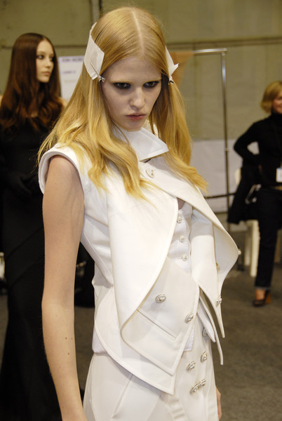 Givenchy at Couture Spring 2007 (Backstage)
