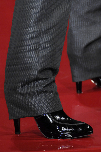 Guy Laroche at Paris Fall 2007 (Details)