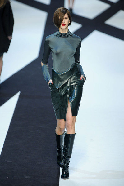 Guy Laroche at Paris Fall 2011