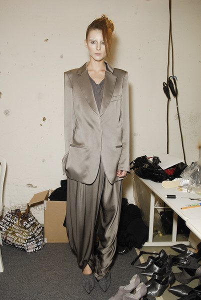 Haider Ackermann at Paris Spring 2008 (Backstage)