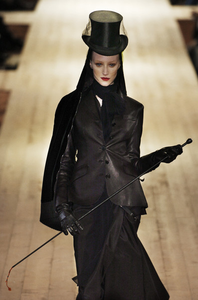 Hermès at Paris Fall 2004