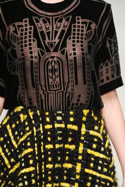 Holly Fulton at London Fall 2011 (Details)