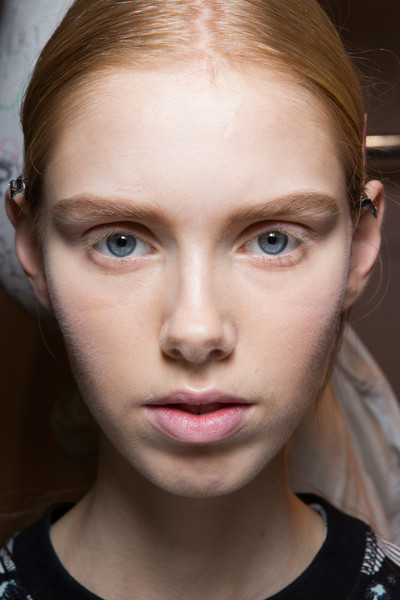 Hussein Chalayan at Paris Fall 2016 (Backstage) [photograph,portrait,image,face,eyebrow,hair,lip,cheek,forehead,chin,skin,nose,hairstyle,hussein chalayan,fashion,photography,beauty,forehead,studio,paris fashion week,fashion,portrait,photography,image,photographic studio,photograph,yann orhan,beauty]