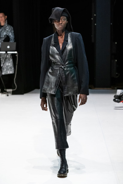 Hussein Chalayan at London Fall 2020 [fashion model,fashion show,runway,fashion,clothing,human,public event,outerwear,footwear,fashion design,hussein chalayan,yohji yamamoto,human,fashion,runway,fashion week,model,clothing,london fashion week,fashion show,yohji yamamoto,london fashion week,fashion show,fashion,ready-to-wear,fashion week,runway,model,autumn]