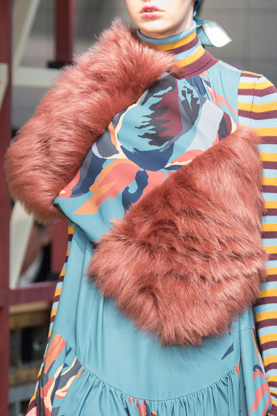 I M Isola Marras at Milan Fall 2016 (Details)