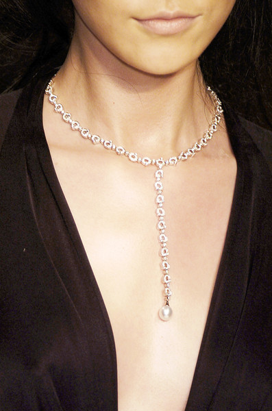 Issa at London Fall 2006 (Details)