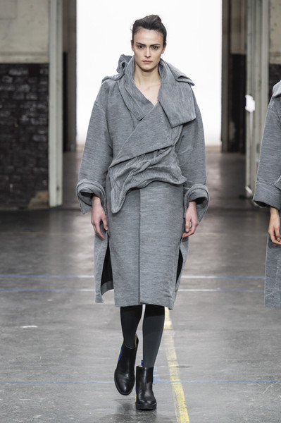 Issey Miyake at Paris Fall 2019 [fashion,fashion model,fashion show,clothing,runway,shoulder,outerwear,knee,joint,street fashion,issey miyake,fashion,runway,fashion week,model,street fashion,clothing,shoulder,paris fashion week,fashion show,issey miyake,paris fashion week,runway,ready-to-wear,fashion show,autumn,fashion,fashion week,model,winter]