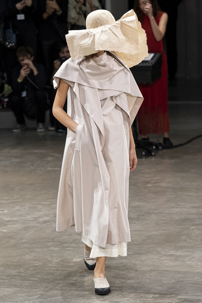 Issey Miyake at Paris Spring 2020 [fashion,fashion model,clothing,runway,shoulder,haute couture,fashion show,dress,joint,fashion design,issey miyake,runway,fashion,fashion week,haute couture,spring,model,shoulder,paris fashion week,fashion show,runway,fashion show,ready-to-wear,fashion,fashion week,paris fashion week 2019,spring,autumn,model,haute couture]