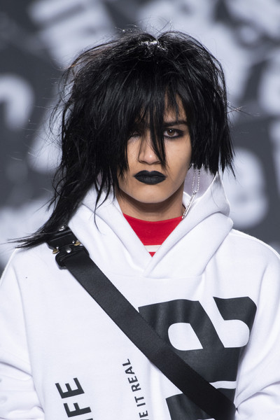 Izzue Clp Bis at London Fall 2019 (Details)