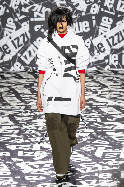 Izzue at London Fall 2019