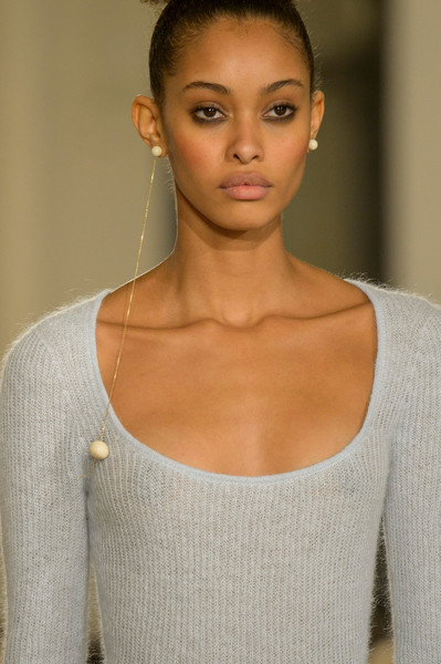 Jacquemus at Paris Fall 2018 (Details) [hair,face,shoulder,hairstyle,lip,beauty,skin,eyebrow,fashion,neck,earring,jewellery,fashion,jacquemus,costume jewelry,runway,lip,beauty,skin,paris fashion week,earring,fashion,jewellery,runway,jacquemus,pearl,tiffany co.,costume jewelry]