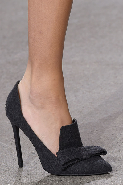 Jason Wu at New York Fall 2016 (Details) [footwear,high heels,shoe,leg,human leg,court shoe,ankle,fashion,sandal,slingback,shoe,footwear,court shoe,trousers,fashion,heel,clothing,pump,sandal,new york fashion week,high-heeled shoe,shoe,fashion,sandal,footwear,clothing,trousers,pump,heel]