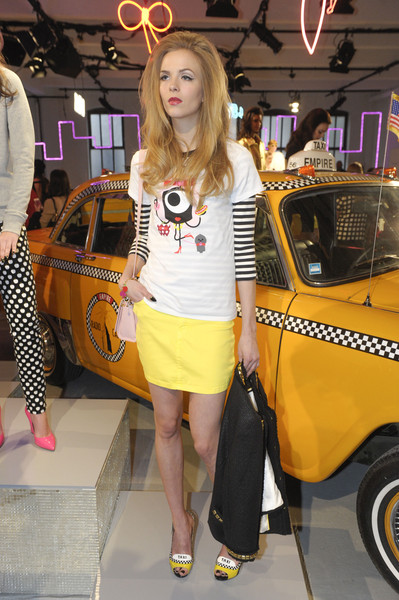 Kate Spade at New York Fall 2013 [yellow,clothing,fashion,auto show,human leg,beauty,footwear,blond,vehicle,car,shoe,fashion,clothing,fashion week,human leg,beauty,kate spade,new york fashion week,fashion show,auto show,fashion,ready-to-wear,kate spade new york,clothing,new york fashion week,fashion show,fashion week,shoe,kate spade ma ch\u00e9rie taxi studs]