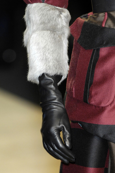 Kenzo at Paris Fall 2009 (Details)
