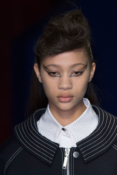 Kenzo at Paris Fall 2016 (Details) [portrait,hair,face,hairstyle,forehead,eyebrow,chin,fashion,cheek,lip,neck,socialite,supermodel,hair,fashion,model,hair m,hairstyle,kenzo,paris fashion week,hair m,fashion,model,socialite,portrait,supermodel,long hair,hair,beauty.m,02pd - circolo del partito democratico di milano]