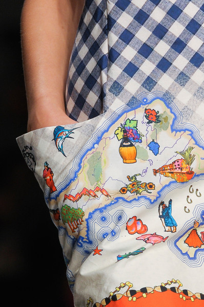 Kinder Aggugini at London Spring 2013 (Details)