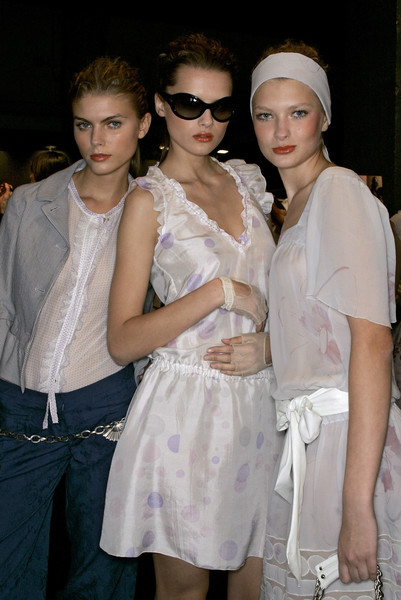 Kristina Ti at Milan Spring 2007 (Backstage)