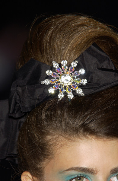 Lacroix clup at Couture Spring 2004 (Details) [couture spring 2004,hair,headpiece,hair accessory,hairstyle,fashion accessory,head,forehead,headgear,jewellery,tiara,head,hair,forehead,hair tie,headband,flower,hair fork,lacroix clup,close-up,headband,hair tie,forehead,flower,close-up,hair,hair fork]
