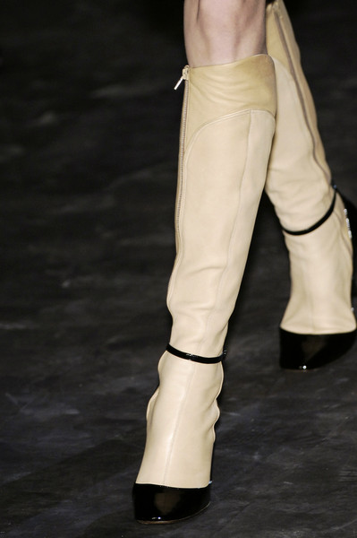 Lanvin at Paris Fall 2006 (Details)