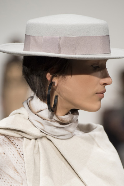 Laura Biagiotti at Milan Fall 2018 (Details)