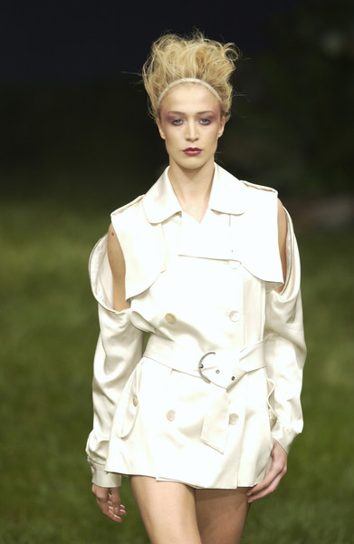 Les Copains at Milan Spring 2004 [hair,fashion model,white,fashion,clothing,hairstyle,beauty,blond,lip,skin,blond,supermodel,les copains,hair,fashion,runway,haute couture,hairstyle,milan fashion week,fashion show,runway,fashion show,supermodel,blond,haute couture,fashion,hair m,long hair,hair,beauty.m]