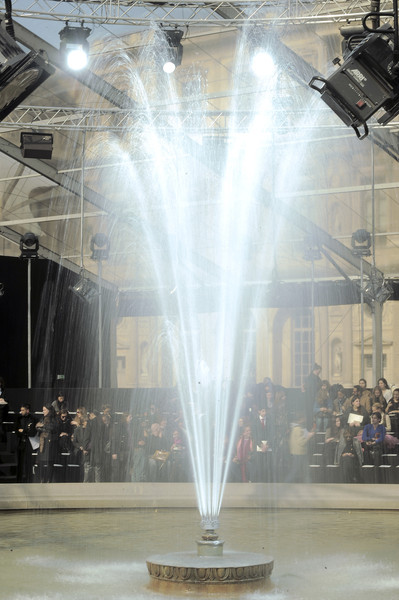 Louis Vuitton at Paris Fall 2010