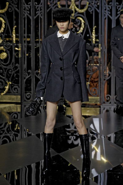 Louis Vuitton at Paris Fall 2011