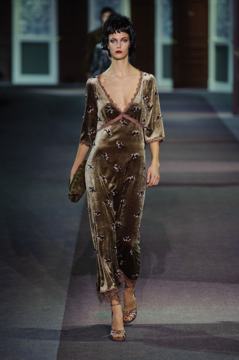 Louis Vuitton Fall 2013 Runway Pictures