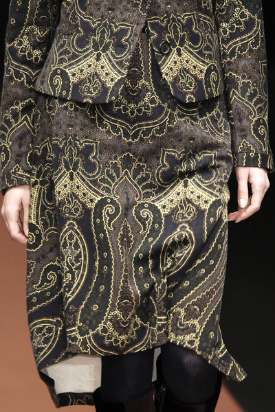 Luciano Soprani at Milan Fall 2006 (Details)